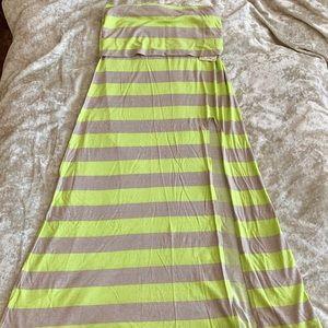 💚 NWT Billabong tan & neon green maxi skirt 💚